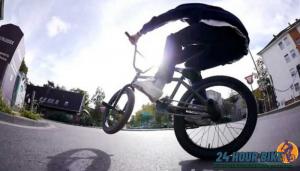 จักรยาน BMX กับ 5 รุ่นยอดนิยม จักรยาน BMX เป็นจักรยานอีกประเภทหนึ่งที่มีคนนิยมขี่กันมากโดยเฉพาะในหมู่วัยรุ่นที่ชื่นชอบ กีฬาประเภท Extreme