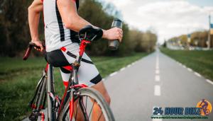 การเตรียมพร้อมสำหรับขี่จักรยาน การขี่จักรยาน ส่วนมากจะขี่กันภายในบริเวณที่ถูกจำกัดไว้ให้ แต่นั่นก็ไม่ได้แปลว่านักปั่นจะไม่ต้องเตรียมตัวยังไง